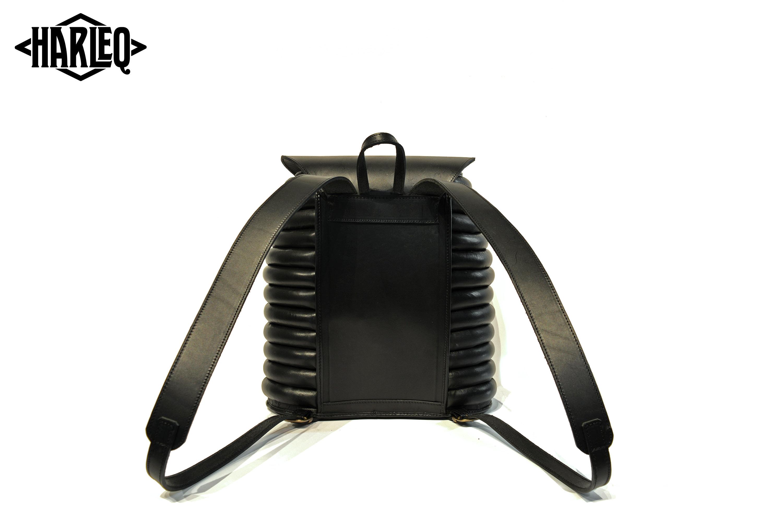 harleq curvy backpack leather black