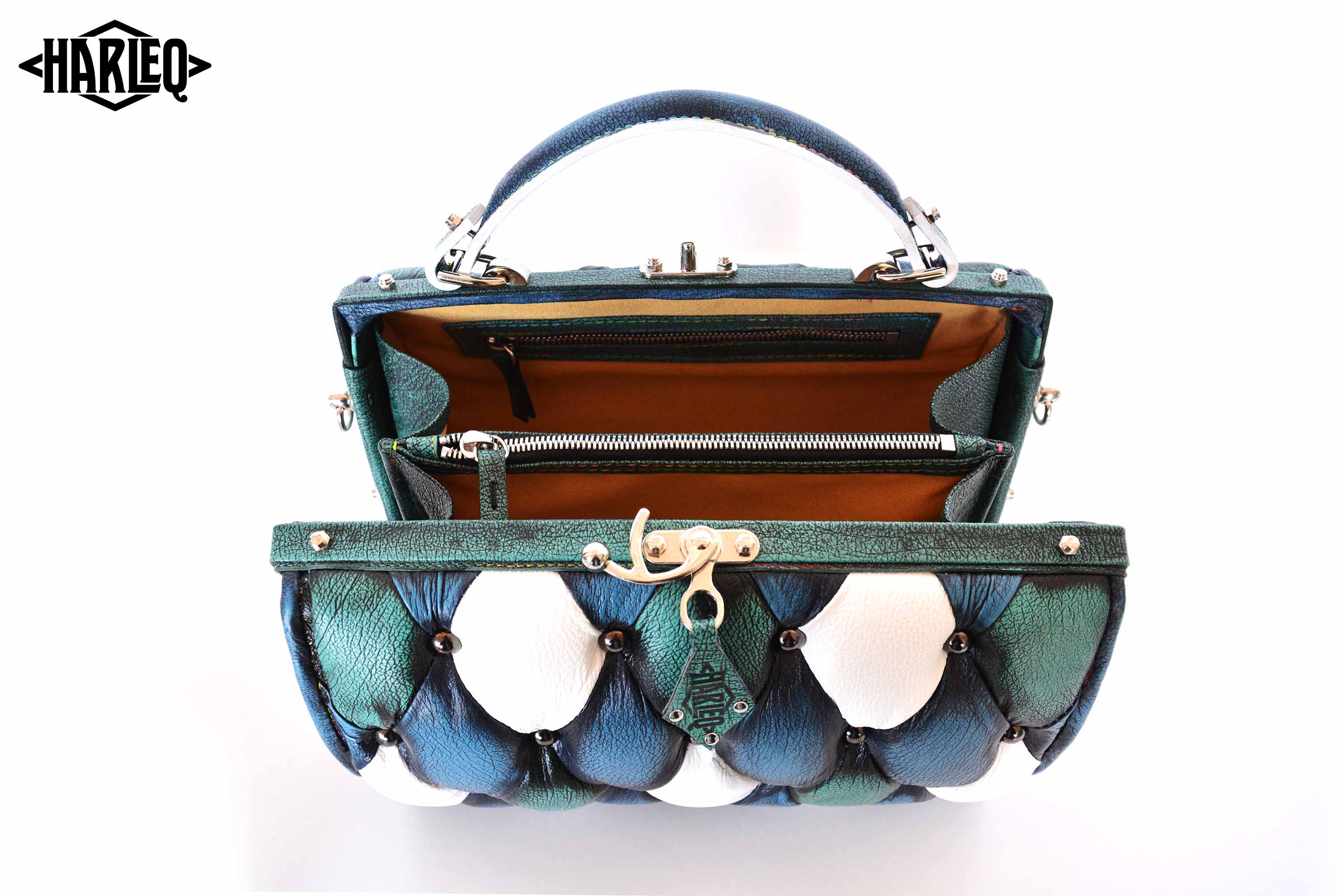 harleq-trunk-turquoise-leather-open