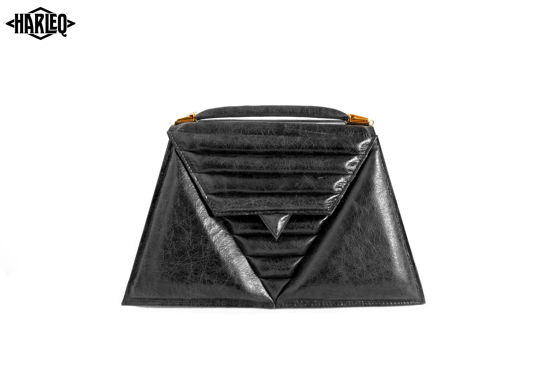 luxury-handbag-harleq-black-leather-triangles