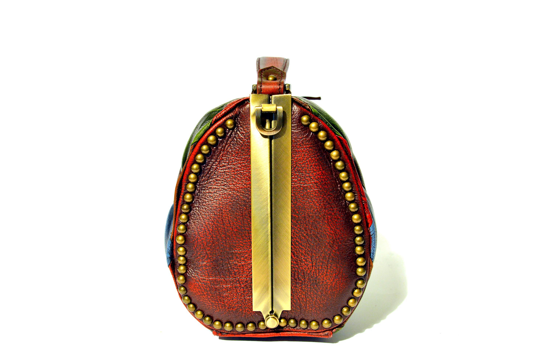 vintage leather harleq side
