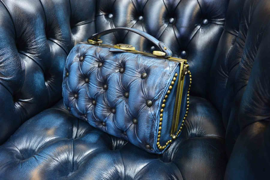 blue-vintage-leather-vintage-handbag-harleq