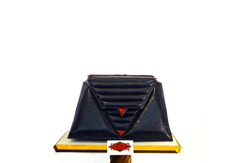 harleq-triangles-bag-red-black