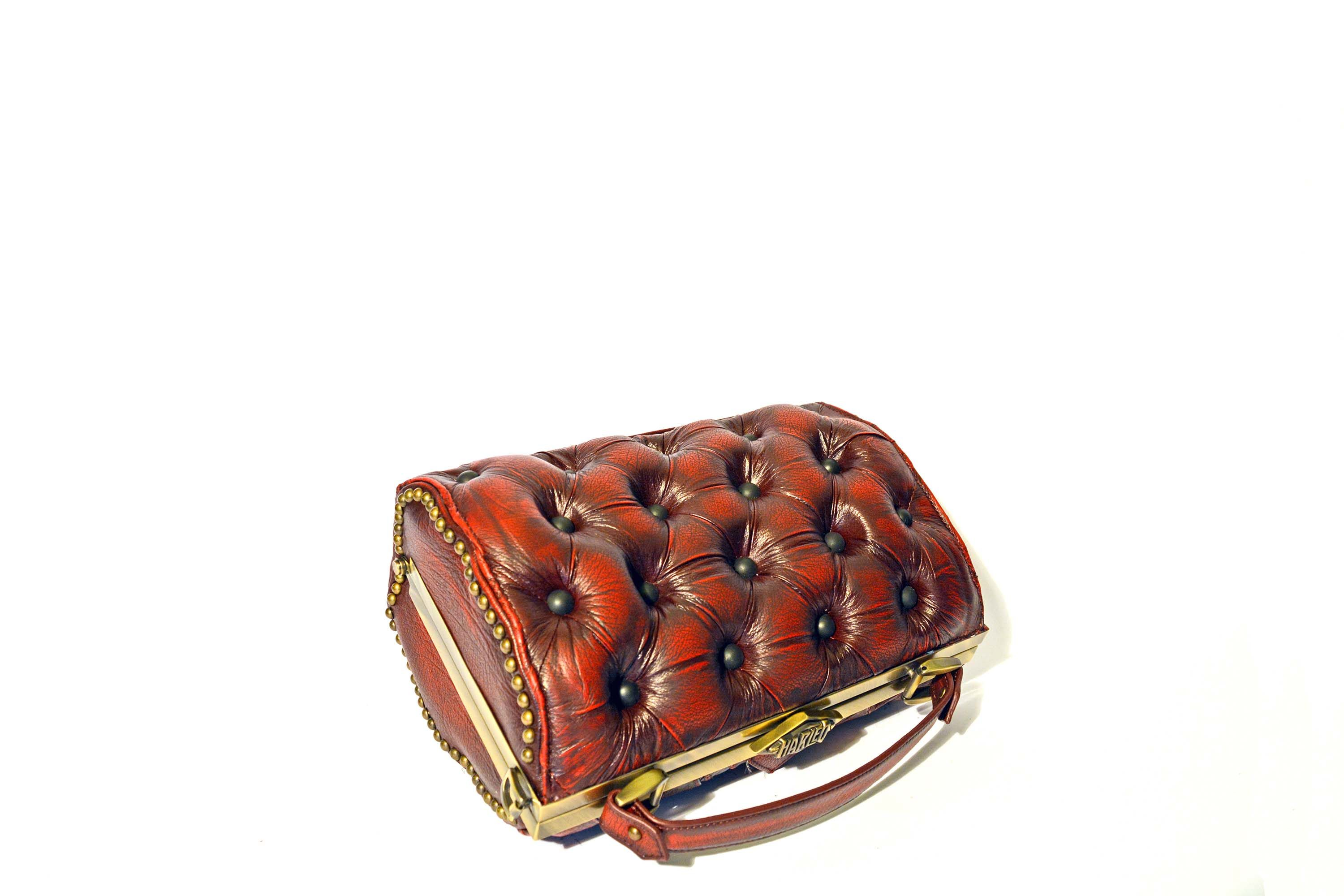 red-leather-bag-vintage-harleq