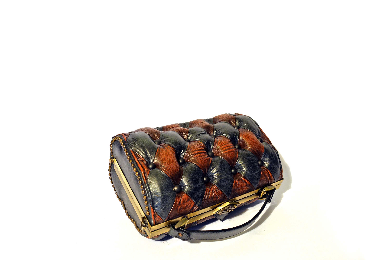 vintage black eather handbag